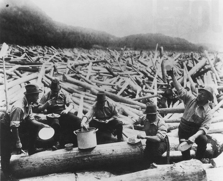 Anonyme, Draveurs à un embâcle sur la rivière Gatineau, collection Archives publiques du Canada, C22036. ©Archives publiques du Canada