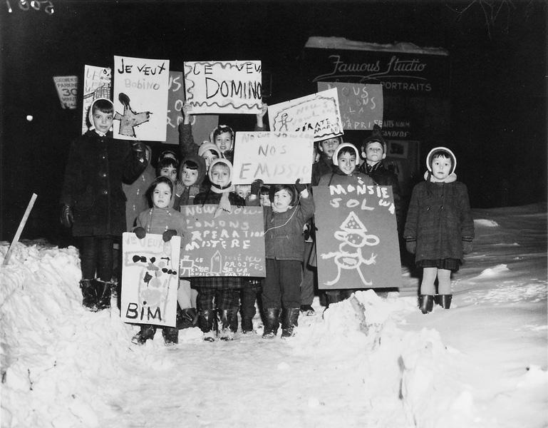 Roméo Gariépy, Les enfants des grévistes, grève des réalisateurs de Radio-Canada, 18 janvier 1959. ©Roméo Gariépy