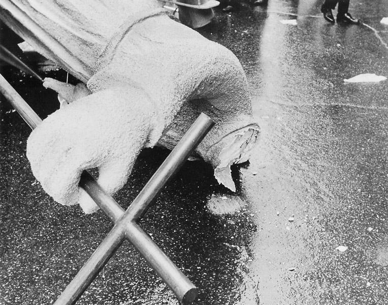 St-Jean-Baptiste décapité durant la parade du 24 juin 1969. ©La Presse