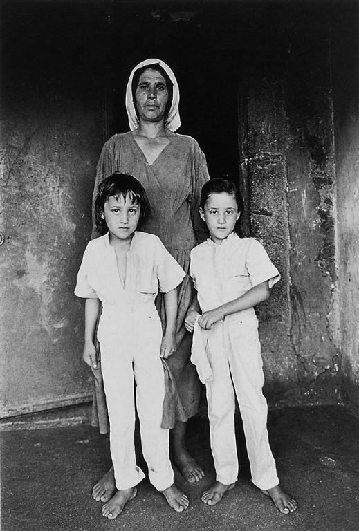 Linda Rutenberg, Mère bédouin et ses deux jumeaux. © Linda Rutenberg