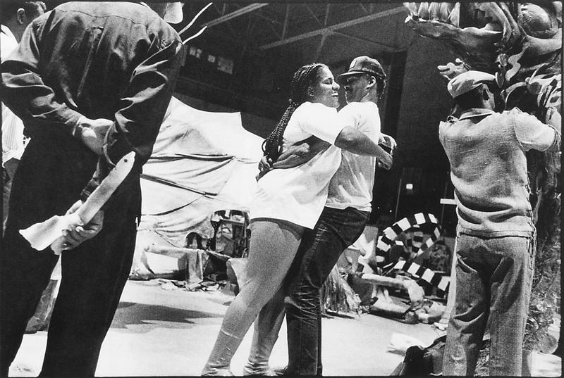 Horacio Paone, Arena Bill Durnan: la communauté noire de Trinidad-Tobago prépare la Carifête, juin 1991 . © Horacio Paone