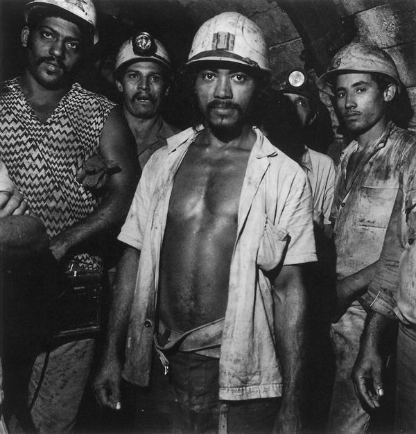 Milton Rogovin, Cuba, de la série Family of Minors, 1989. ©Milton Rogovin