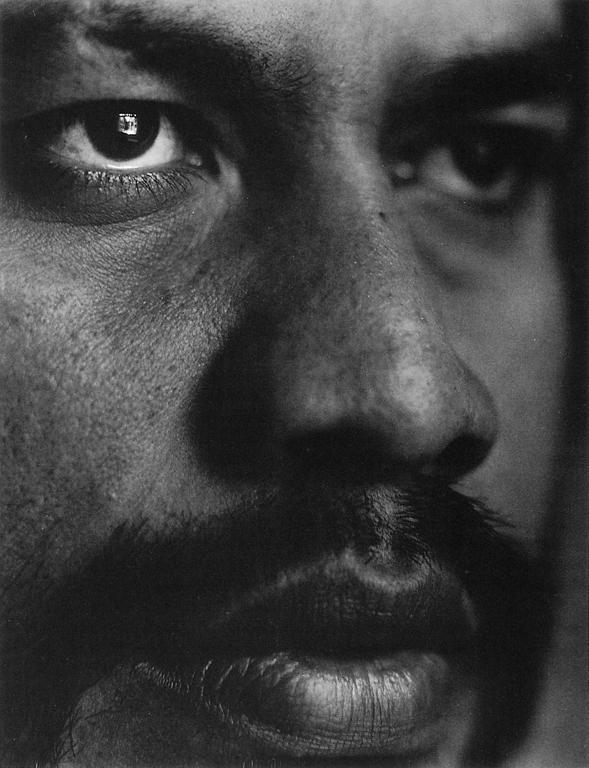 Nicholas Amberg, Sans titres (portraits de la série Atemporal Ground), 1993, épreuves argentiques à la gélatine, 14 x 18 cm chacune. © Nicholas Amberg