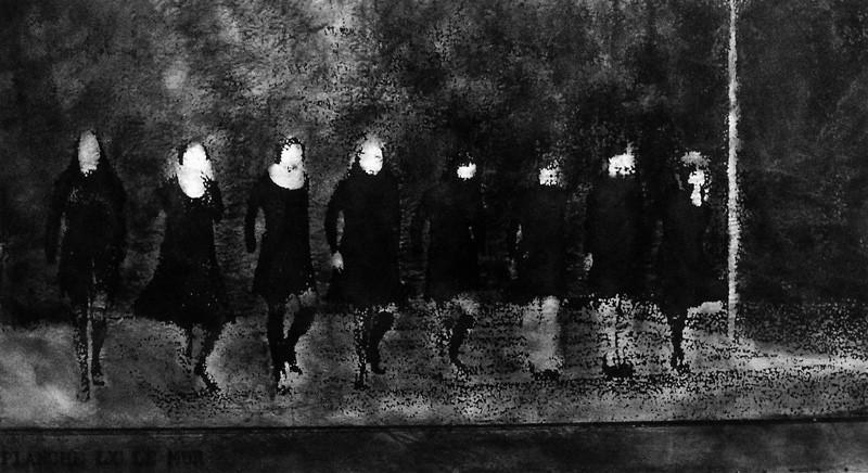 France Choinière, Les Légendes: planche LX : Le Mur, 1992, xérox n&b sur papier vélin, acrylique et clous sur bois, 84 x 160 cm. © France Choinière