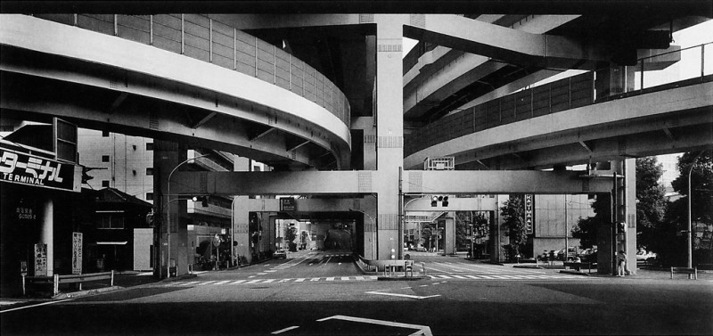 Ken Straiton, L'échangeur Hakozaki, 1991. © Ken Straiton