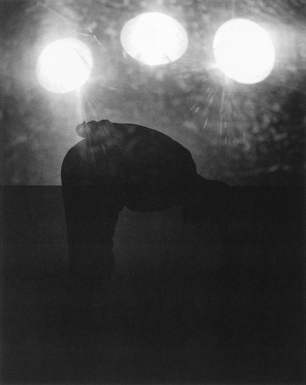 Louis Lussier, N°5 (de la série Testimonial Fabuleux); Sans titre, épreuves argentiques. © Louis Lussier