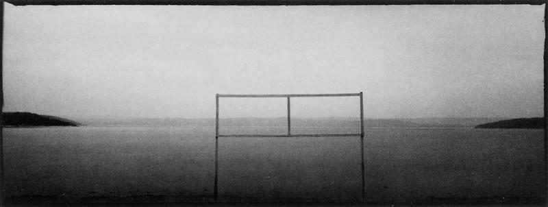Pierre Blache, Sans titres (de la série Lieux troubles), épreuves argentiques de formats variables, 1993 -1995. © Pierre Blache