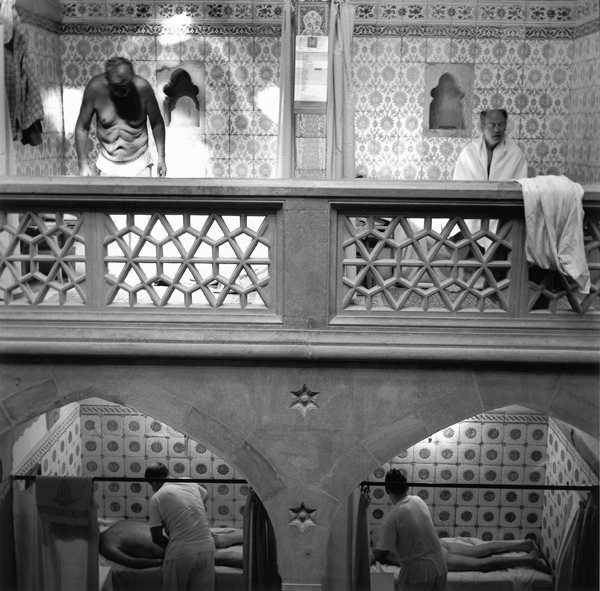 Ruth Kaplan, Men's Bathhouse (Hamam), Slovakia, 1994. ©Ruth Kaplan