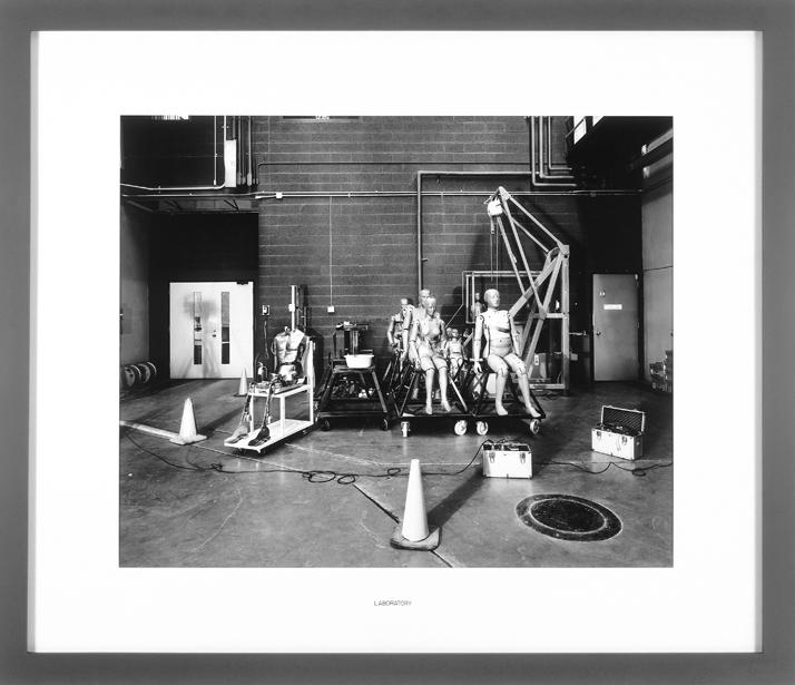 Lynne Cohen, Laboratory (éléments d'une série). © Lynne Cohen