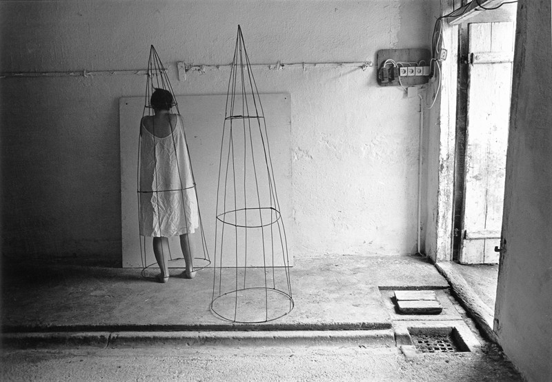Anne Arden McDonald, Untitled Self Portrait #70, Austria, 1995. © Anne Arden McDonald