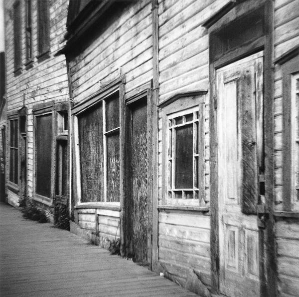 Eileen Leier, Dawson City, Yukon, 1997.© Eileen Leier