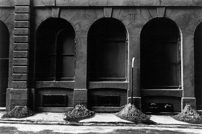 Charles Gagnon, Bâtisse après nettoyage au sable, Montréal, 1977, collection de l'artiste. © Charles Gagnon