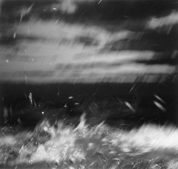 Yan Giguère, Sans titre, de la série Au pied du courant, 1996, épreuve en couleur. ©Yan Giguère
