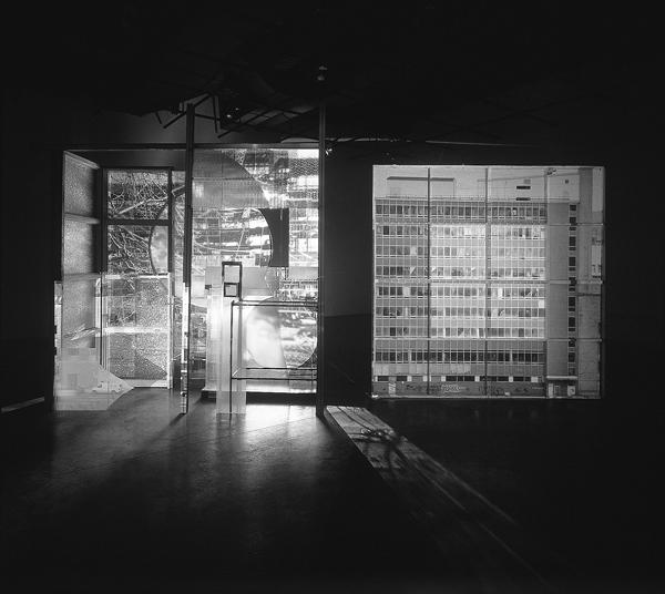 Alain Paiement, Québec/Québec, 1998, vue d'ensemble frontale, matériaux mixtes. ©Alain Paiement