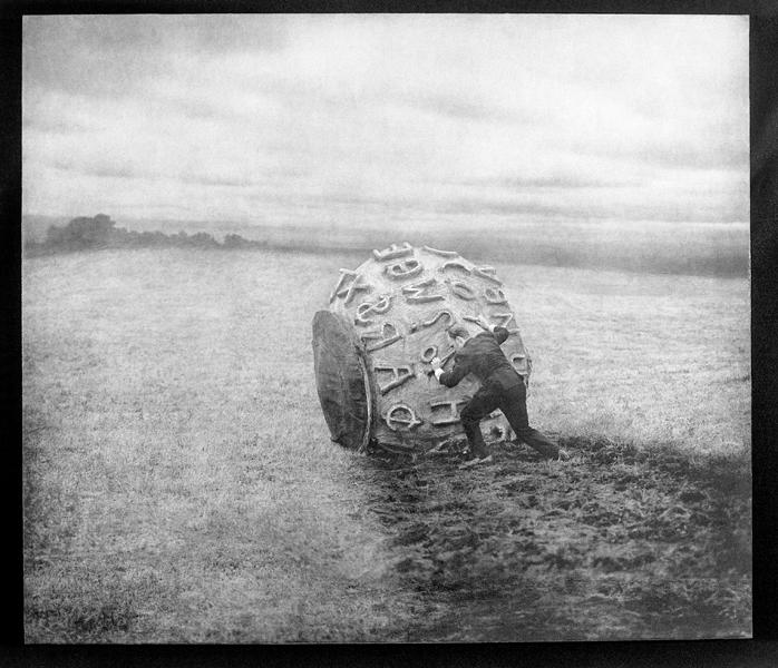 Robert ParkeHarrison, Earth Elegies I, 102,8 x 119,4 cm, épreuve argentique, média mixte, montée sur panneau, 1999. ©Robert ParkeHarrison