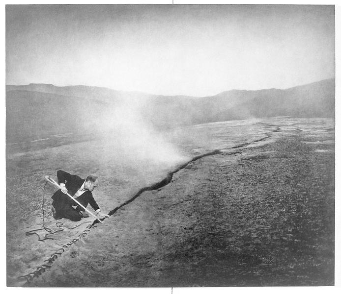 Robert ParkeHarrison, Mending the Earth, 103,5 x 121,3 cm, épreuve argentique, média mixte, montée sur panneau, 1999. ©Robert ParkeHarrison