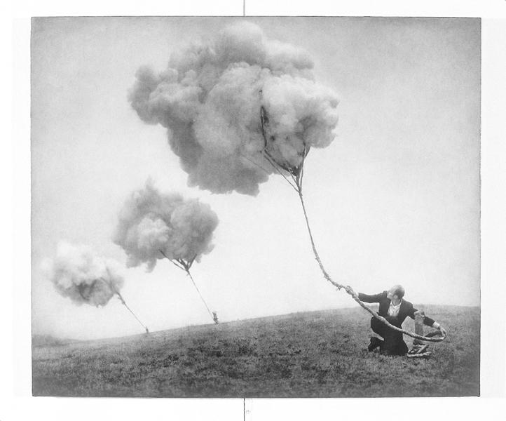 Robert ParkeHarrison, Suspension, 102,9 x 121,9 cm, épreuve argentique, média mixte, montée sur panneau, 1999. ©Robert ParkeHarrison