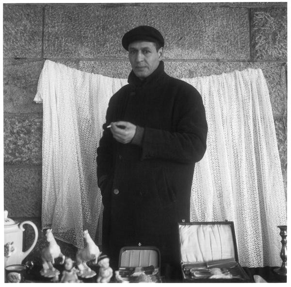 Patrick Faigenbaum, Flohmarkt, Schlachte, tirage au chlorobromure d'argent, 95 X 83 cm,1996. © Patrick Faigenbaum