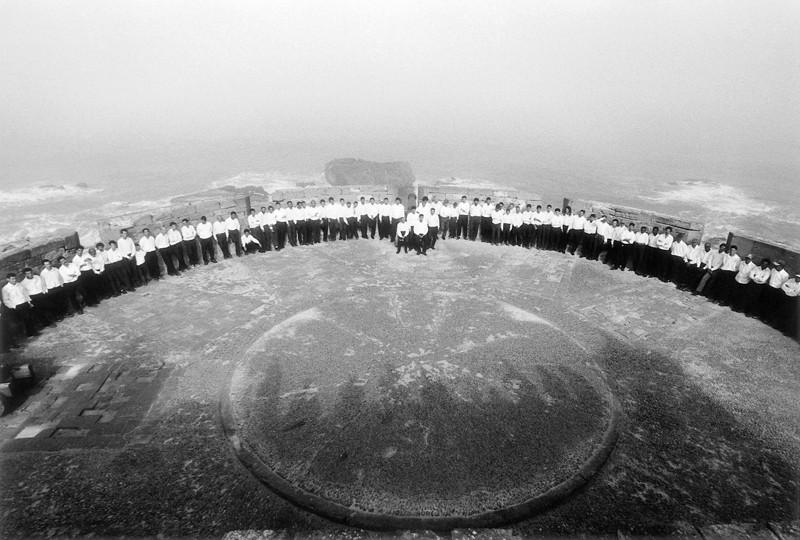 Shirin Neshat, Rapture, 1999, production stills. ©Shirin Neshat / photo: Larry Barns, courtesy of Barbara Gladstone