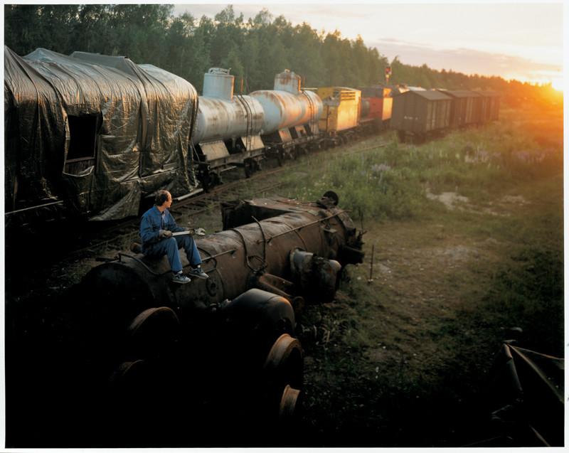 Veli Granö, Timo Lehtonen, Railroad Tank Cars, colour print from the series Tangible Cosmologies, 1993-1996. ©Veli Granö