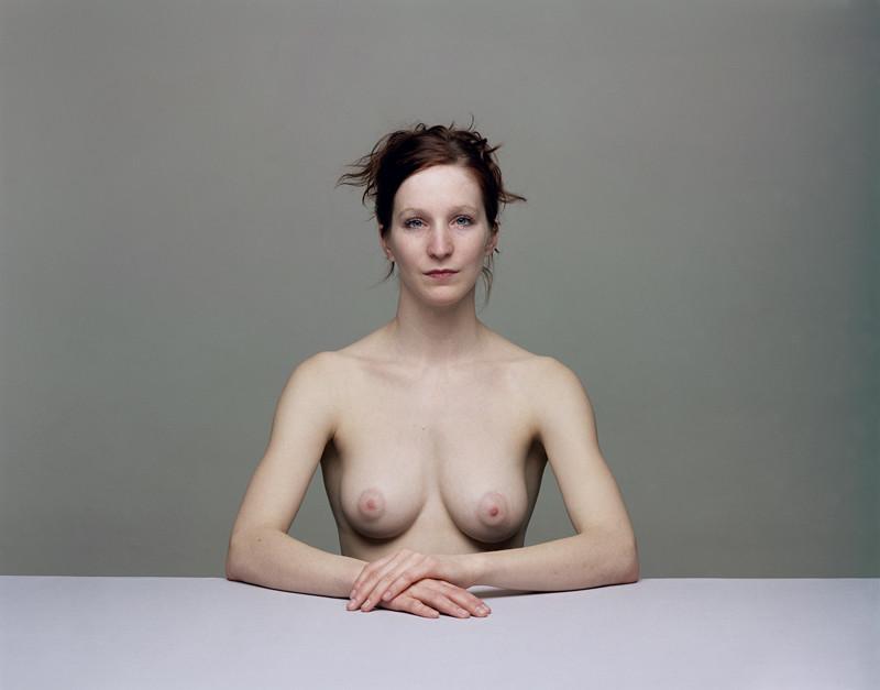 Olivier Christinat, Portraits et nus, deux séries de cinq exemplaires, épreuves couleur sur Fuji Cristal Archives, 50 x 60 cm et 80 x 100 cm, 1998-2001: Barbara. ©Olivier Christinat