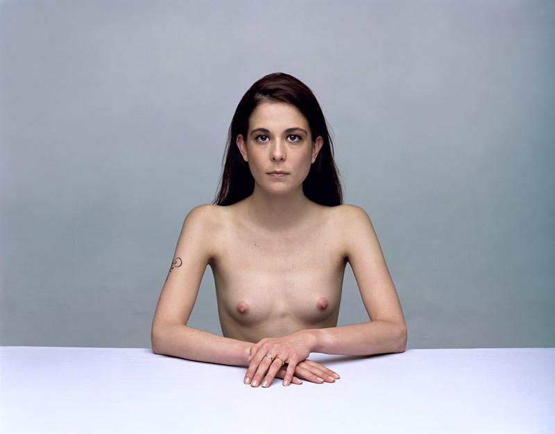Olivier Christinat, Portraits et nus, deux séries de cinq exemplaires, épreuves couleur sur Fuji Cristal Archives, 50 x 60 cm et 80 x 100 cm, 1998-2001: Paola I. ©Olivier Christinat