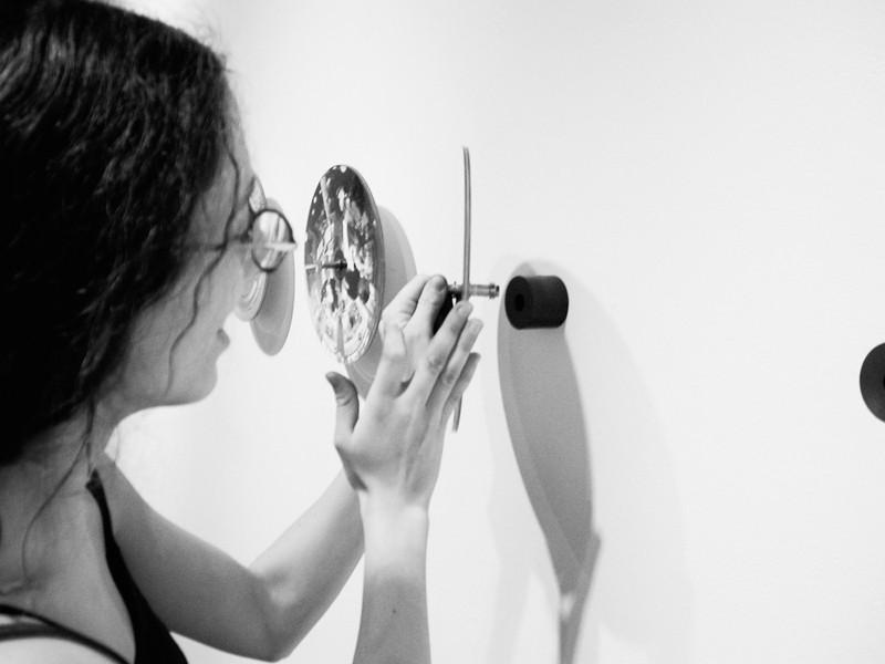En cours d'installation à la Galerie Toronto Photographers' Workshop.