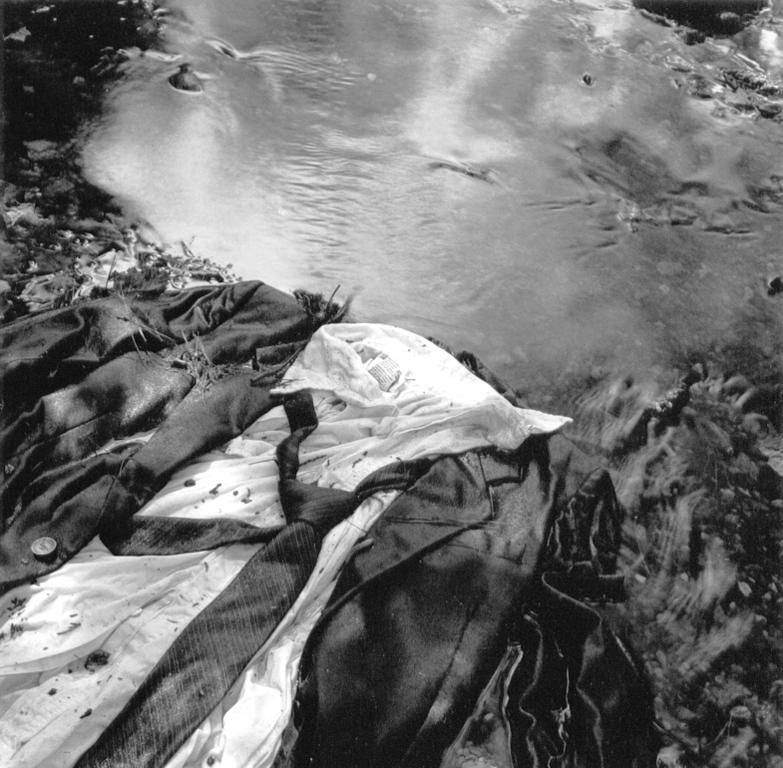 Lac Montjoie, Québec, 1998 et 2001, épreuves argentiques. © Bertrand Carrière