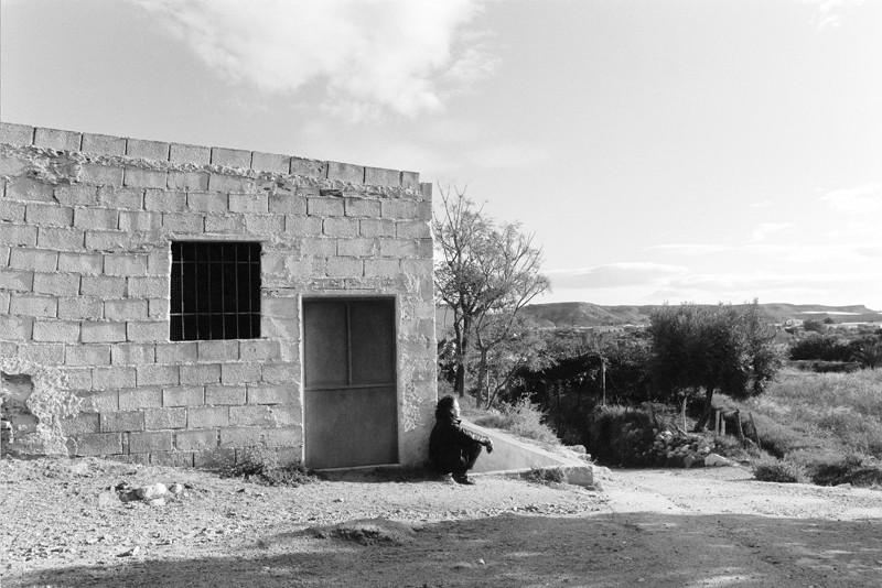 Marik Boudreau, Cuevas, 1994-2000, Andalousie, Espagne, de la série Miradors, comprenant 50 épreuves argentiques et couleur, 20.3 x 25.4 cm et 27.9 x 35.6 cm. © Marik Boudreau