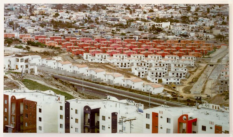 Stéphane Couturier, Tijuana Playas no 2, 2002, épreuve couleur, 125 x 218 cm chacune. © Stéphane Couturier