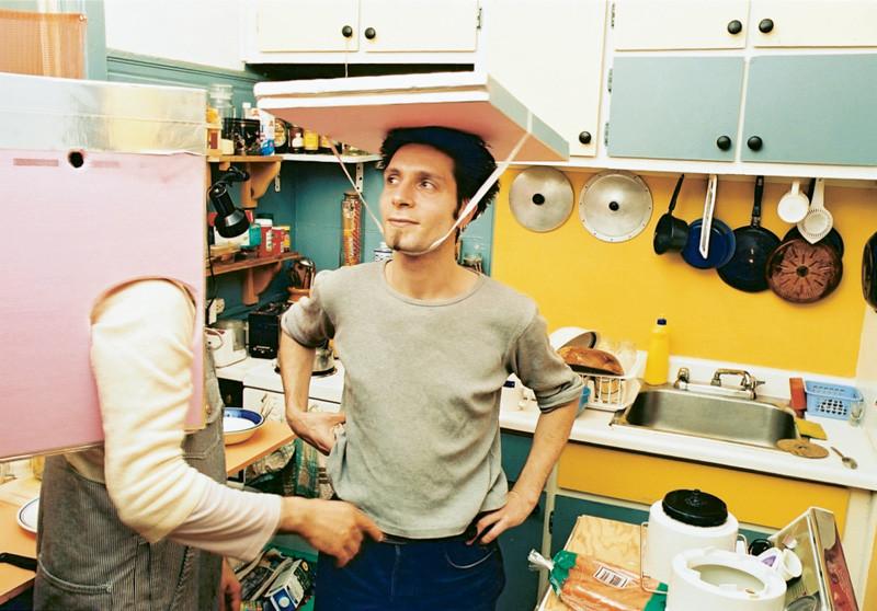 Massimo Guerrera , Gennaro, rue Roy (Porus), 2000, épreuves couleur et argentiques, 76 x 102 cm, 1998-2003, avec l'autorisation de la galerie Joyce Yahouda, Montréal. © Massimo Guerrera