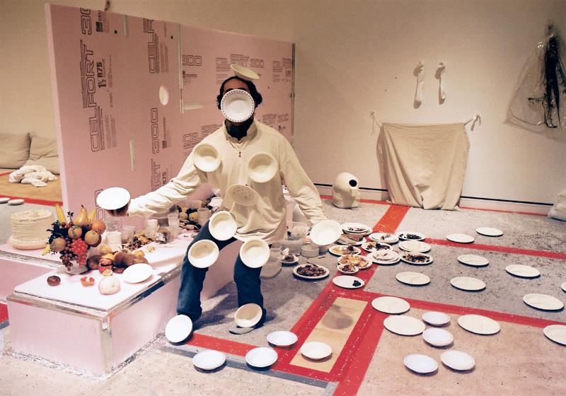 Massimo Guerrera , Ici, maintenant. Avec l'impermanence de nos restes (Darboral), 2002, épreuves couleur et argentiques, 76 x 102 cm, 1998-2003, avec l'autorisation de la galerie Joyce Yahouda, Montréal. © Massimo Guerrera