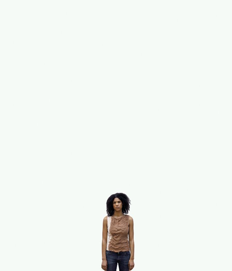 Pascal Grandmaison, Waiting Photography (deux éléments d'une série de 10 épreuves numériques), 2003, impression jet d'encre sur polypropylène, 177,8 x 152,4 cm, School-Editing Video. © Pascal Grandmaison
