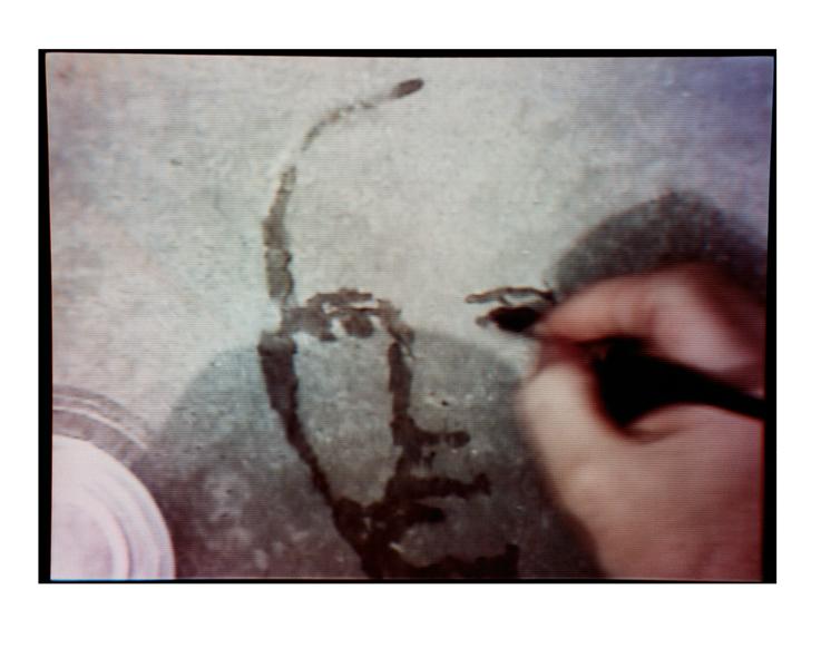 Oscar Muñoz, Re/trato, 2003, video still 28', collection Daros Latinamerica, Zurich. © Oscar Muñoz
