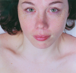 Jennifer Long, Untitled 2, (Crying woman with green eyes - Chantelle), 96.5 x 101.5 cm, 2002. © Jennifer Long