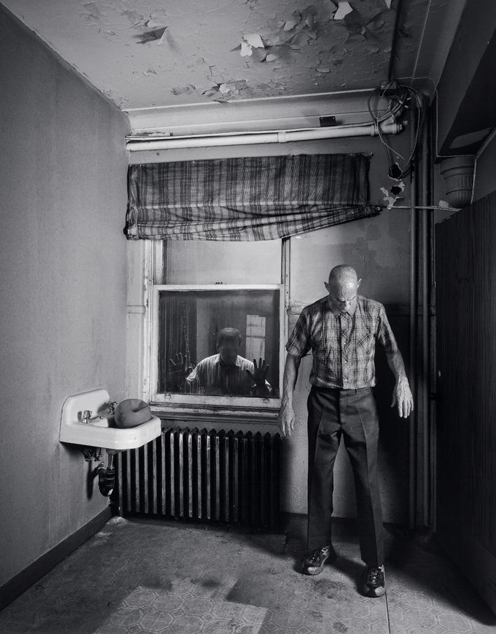 Matthieu Brouillard, Homme dans une chambre avec témoin, 2005, 140 x 110 cm, tirages numériques lambda. © Matthieu Brouillard