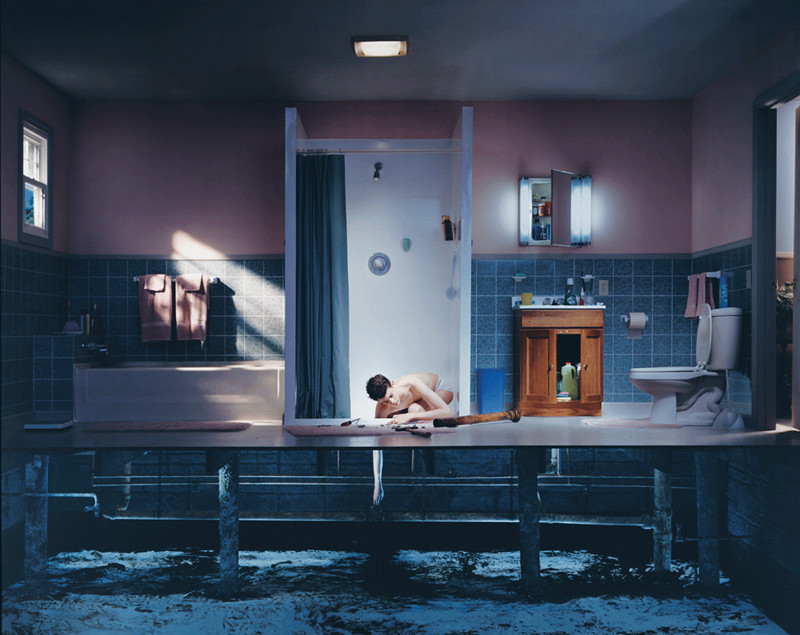Gregory Crewdson, Untitled, dye coupler print, 121.9 x 152.4 cm, 2001, courtesy of Luhring Augustine, New York. © Gregory Crewdson