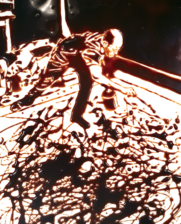 Vik Muniz, Action Photo I (After Hans Namuth), 1997, from Pictures of Chocolate series, dye destruction ptint (Courtesy of the Estate of Hans Namuth/VAGA, NY)