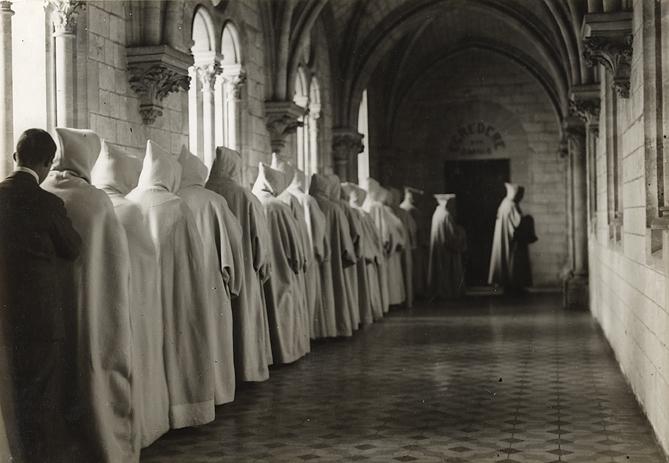 André Kertesz (1894-1985) The House of Silence, 1928