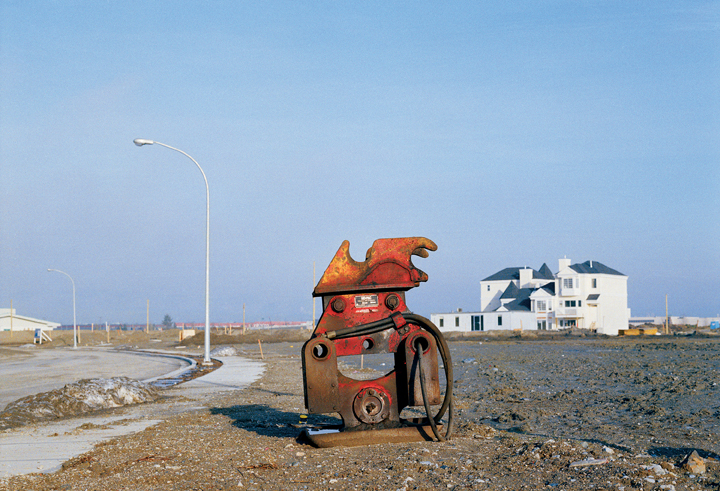 Roy Arden, Soil Compactor, Richmond, B.C., 1993 archival pigment print collection of the Vancouver Art Gallery, purchased with the Vancouver Art Gallery Acquisition Fund, Photo of image: Tomas Svab, Vancouver Art Gallery. © Roy Arden