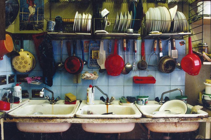 Francoise Huguier, Cuisine communautaire, Saint-Pétersbourg, 2002/2007. © Francoise Huguier