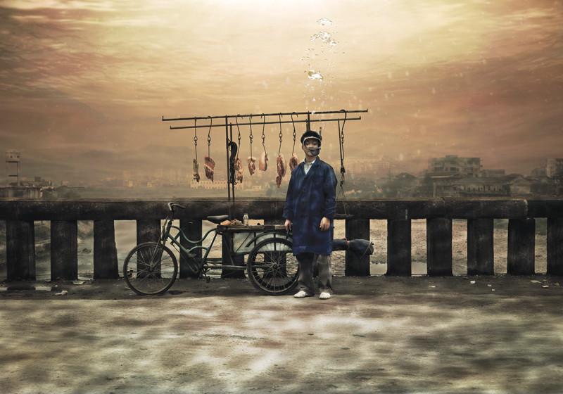 Yang li, Déracinés, 2007, épreuves couleur, 24 images, 150 x 105 cm, 100 x 70 cm, avec la permission de: Paris-Beijing Photo Gallery, Beijing. © Yang li