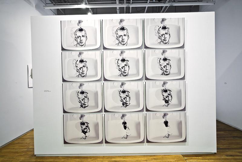 Oscar Muñoz, Narcissi, 1991/2008 Screen-print on water, charcoal powder, plexiglas, 7 containers 35 x 35 x 7 cm each; Narcissus, 2001–02 12 c-prints 70 x 52 cm each. © Oscar Muñoz