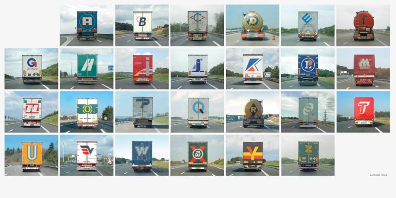 Éric Tabuchi, Alphabet truck, 2006, photographie, reproduite avec l'aimable permission de MAP. © Éric Tabuchi