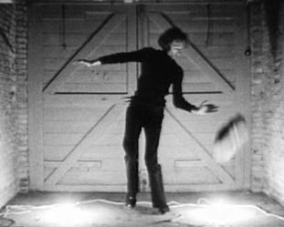 Nightfall, 1971, film 16 mm transféré sur DVD, 4 minutes 10 secondes. © Bas Jan Ader