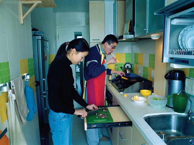 Hu Yang, Jing Ming (de Shanghai, fonctionnaire), Ye Jing (de Shanghai, traductrice de l'anglais). © Hu Yang