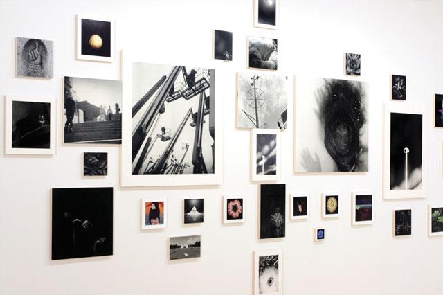 Yan Giguère, Attractions, 2009, vue d'exposition, photo : Bettina Hoffmann.