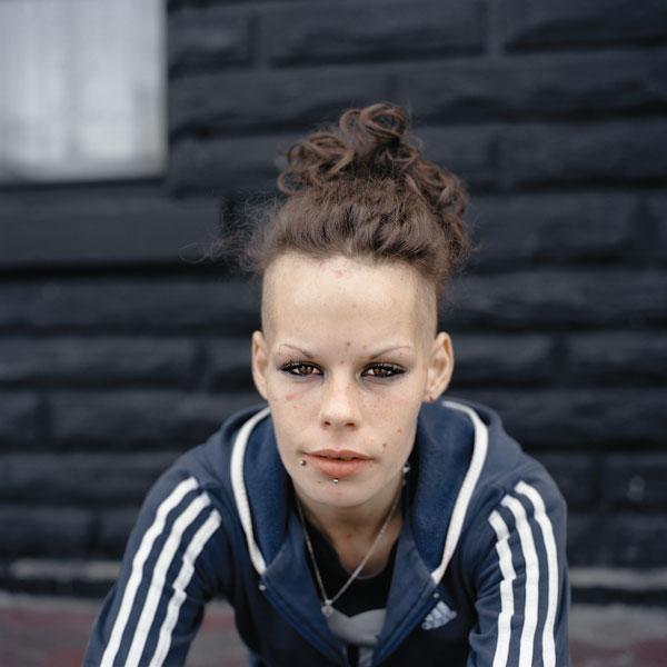 Tony Fouhse, Crystal, 2010, de la série / from the series user Portraits of Crack Addicts, 2007-2010, impression numérique / digital prints, 56 x 70 cm ou 56 x 56 cm. © Tony Fouhse