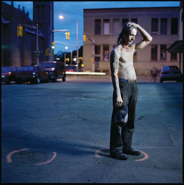 Tony Fouhse, Greg, 2007, de la série / from the series user Portraits of Crack Addicts, 2007-2010, impression numérique / digital prints, 56 x 70 cm ou 56 x 56 cm. © Tony Fouhse