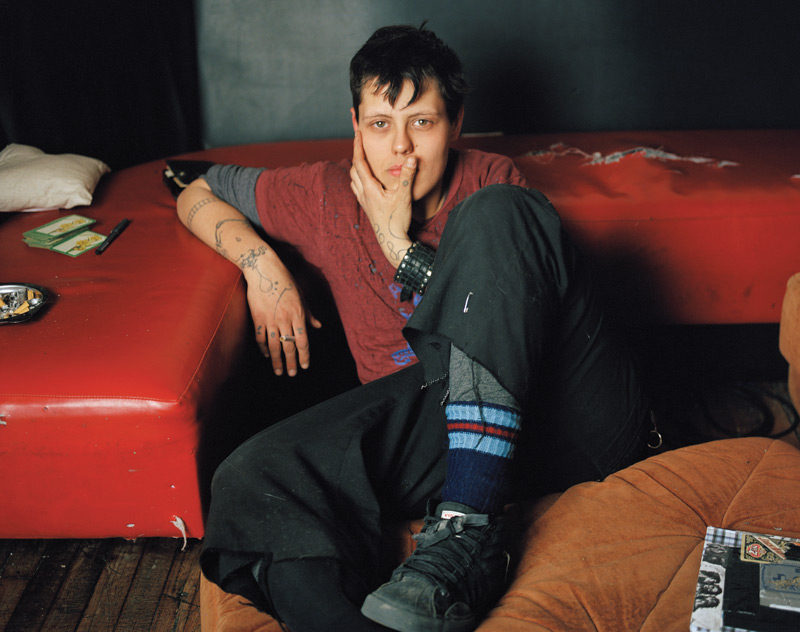 JJ Levine, Renaud, 2006 , de la série / from the series Queer Portraits, 2006-2010, épreuve chromogénique / c-prints, 76 x 102 cm ou 50 x 60 cm. © JJ Levine